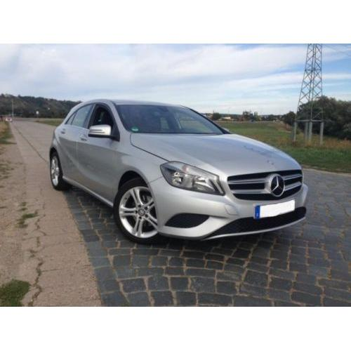 Mercedes-Benz A 180 (BlueEFFICIENCY) Urban